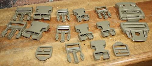 Ціна Аксесуари для розвантажувальних систем / Ремкомплект фурнітури армії США USGI MOLLE Field Expediant Hardware Buckles Repair Kit (new vers.)