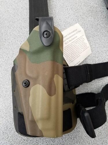 Ціна Полімерні кобури та аксесуари / Полімерна кобура Safariland SLS Tactical Holster 6004-73 Beretta 92 1603