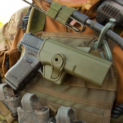 Ціна Полімерні кобури та аксесуари / IMI-Z1010 тактична полімерна кобура для Glock 17/22/31 (також для Gen.4)