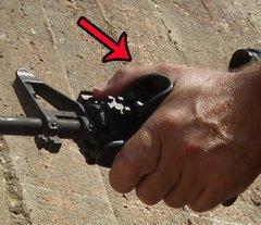 Обмежувач хвату цівки IMI Polymer Tactical Thumb Support TTS1